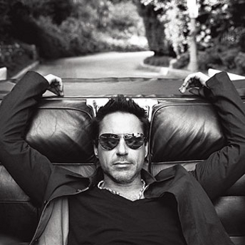 RDJ Lounging
